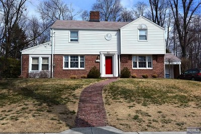 Closter Single Family Home For Sale: 351 Demarest Avenue