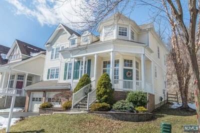 Oakland Single Family Home For Sale: 33 Winding Ridge