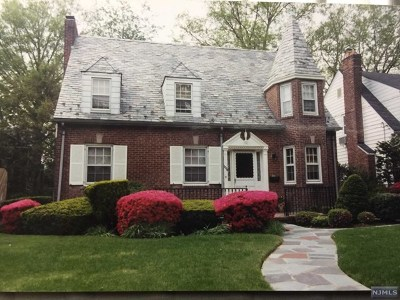 Teaneck Single Family Home For Sale: 1234 Sussex Road