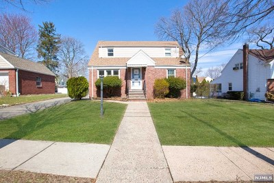 Teaneck Single Family Home For Sale: 185 Intervale Road
