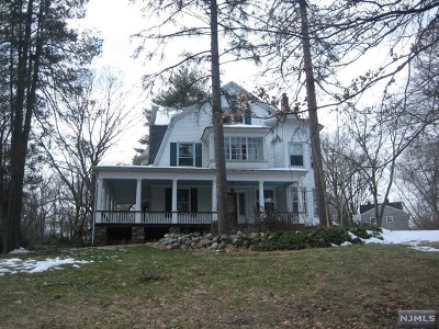 Allendale Single Family Home For Sale: 589 Franklin Turnpike