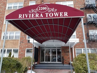 Fort Lee Condo/Townhouse For Sale: 2200 Center Avenue #B3
