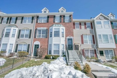 Mahwah NJ Condo/Townhouse For Sale: $338,777