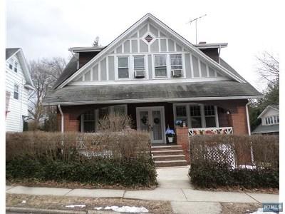 Leonia Single Family Home For Sale: 228 Harrison Street