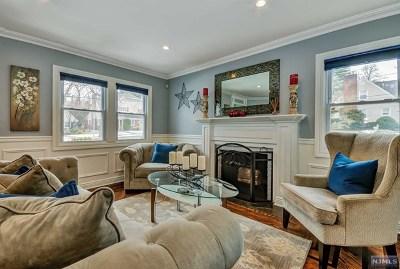 Teaneck Single Family Home For Sale: 692 Cornwall Avenue