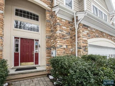 Oakland Condo/Townhouse For Sale: 4 Shadow Lane