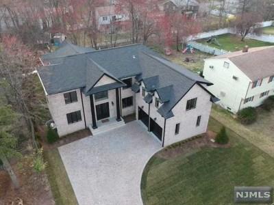 Paramus Single Family Home For Sale: 459 Nevada Street