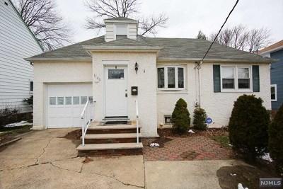 Teaneck Single Family Home For Sale: 1140 Congress Avenue