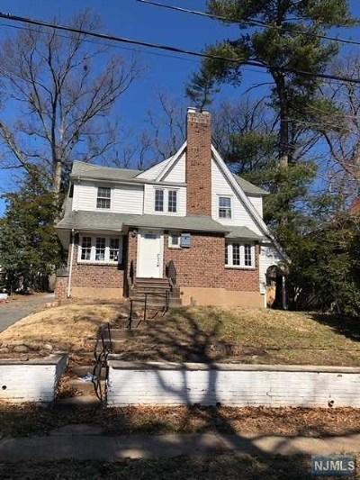 Teaneck Single Family Home For Sale: 1212 Emerson Avenue