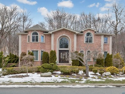 Englewood Cliffs Single Family Home For Sale: 272 Castle Drive