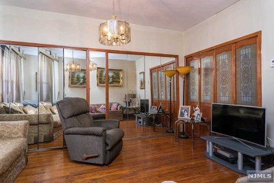 North Bergen Single Family Home For Sale: 7615 1st Avenue