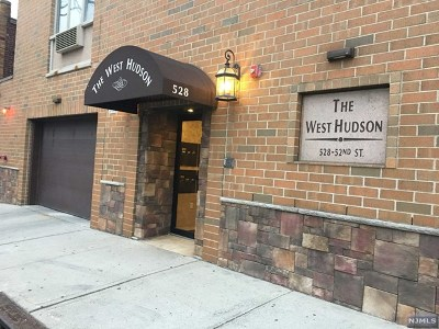 West New York Condo/Townhouse For Sale: 528 52nd Street #307