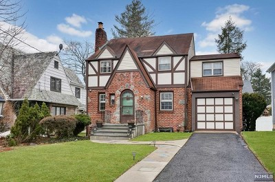 Teaneck Single Family Home For Sale: 388 Winthrop Road