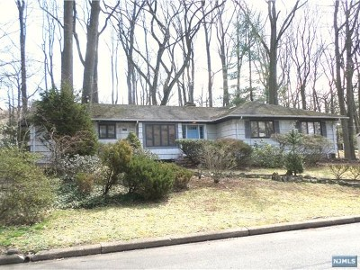 Englewood Single Family Home For Sale: 375 Gloucester Street