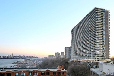 Fort Lee Condo/Townhouse For Sale: 1530 Palisade Avenue #16h