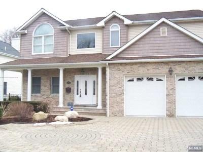 Paramus Single Family Home For Sale: 770 Highland Avenue