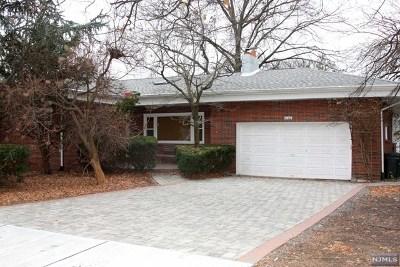 Fair Lawn Single Family Home For Sale: 5-08 3rd Street