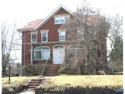 Fort Lee Single Family Home For Sale: 1079 Palisade Avenue