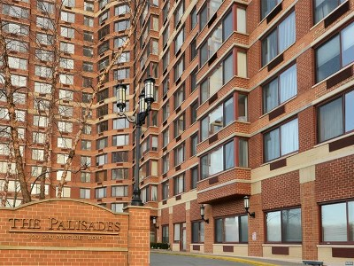 Fort Lee Condo/Townhouse For Sale: 100 Old Palisade Road #2107