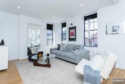 Hoboken Condo/Townhouse For Sale: 801 Willow Avenue #3f