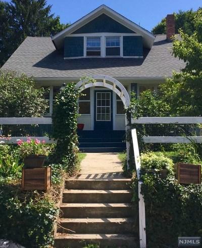 Mahwah Single Family Home For Sale: 37 Hillside Avenue
