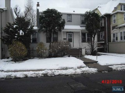Fort Lee Single Family Home For Sale: 361 Slocum Way