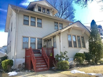 Leonia Single Family Home For Sale: 325 Beechwood Place