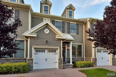 Allendale Condo/Townhouse For Sale: 2005 Whitney Lane