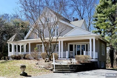 Oradell Single Family Home For Sale: 281 Grove Street