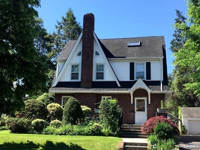 Teaneck Single Family Home For Sale: 336 Johnson Avenue