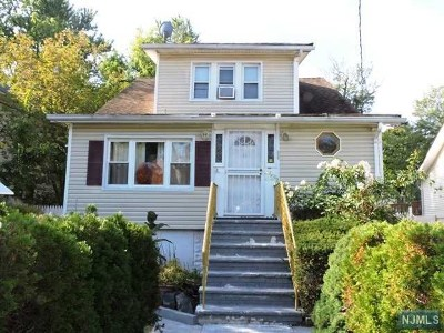 Englewood Single Family Home For Sale: 30 Florence Street