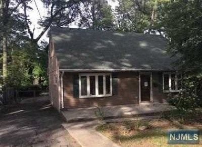 Essex County Single Family Home For Sale: 114 Sunrise Terrace