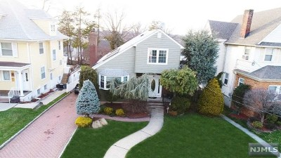 Hudson County Single Family Home For Sale: 47 Pleasant Place