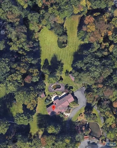Saddle River Single Family Home For Sale: 11 Deertrail Road