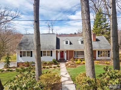 Upper Saddle River Single Family Home For Sale: 47 Lilline Lane