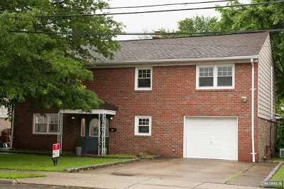 Little Ferry Single Family Home For Sale: 30 Sievers Lane