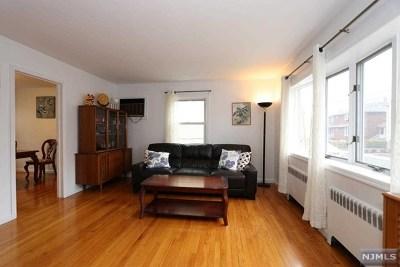Fort Lee Single Family Home For Sale: 2337 Franklin Street