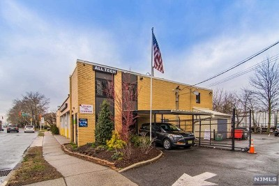 Englewood Commercial For Sale: 328 South Van Brunt Street