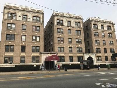 Jersey City Condo/Townhouse For Sale: 2787 John F Kennedy Boulevard #207b
