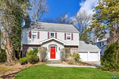Tenafly Single Family Home For Sale: 7 Depeyster Avenue