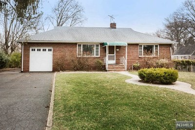 Oradell Single Family Home For Sale: 312 Prospect Avenue