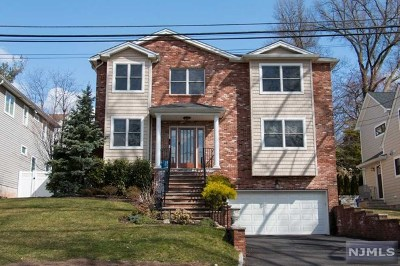 Teaneck Single Family Home For Sale: 1315 Somerset Road