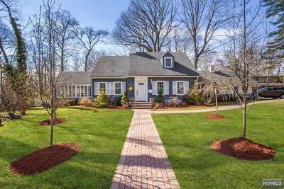 Tenafly Single Family Home For Sale: 15 Whitewood Road