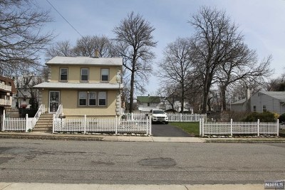 Englewood Single Family Home For Sale: 225 2nd Street