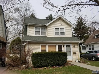 Leonia Single Family Home For Sale: 36 Linden Terrace