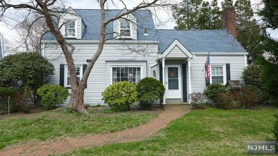 Maywood NJ Single Family Home For Sale: $389,900