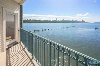 Edgewater Condo/Townhouse For Sale: 216 The Promenade #216