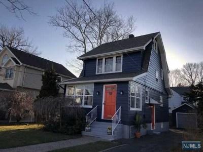 Maywood Single Family Home For Sale: 651 Edel Avenue