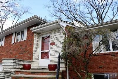 Englewood Cliffs Single Family Home For Sale: 13 Rossett Street