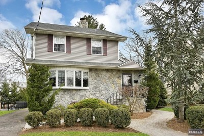 Tenafly Single Family Home For Sale: 39 Elm Street